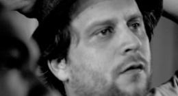 """""""Transeúnte""""  Una película sobre las huellas de un hombre anónimo"""